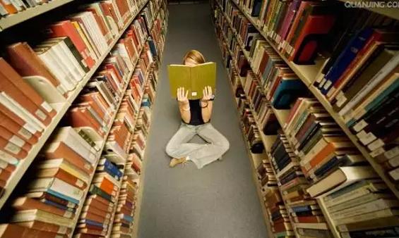「一条」创始人:独立思考的前提是你读过上百本经典