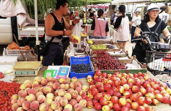 为什么卖菜的店会卖水果,而卖水果的店不卖菜?
